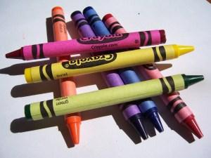 363211_5558 crayons