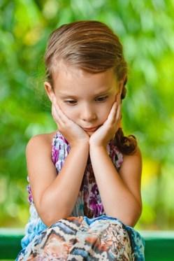 「unconfident child」的圖片搜尋結果
