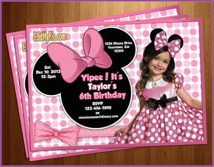 Customized Minnie Mouse Invitations