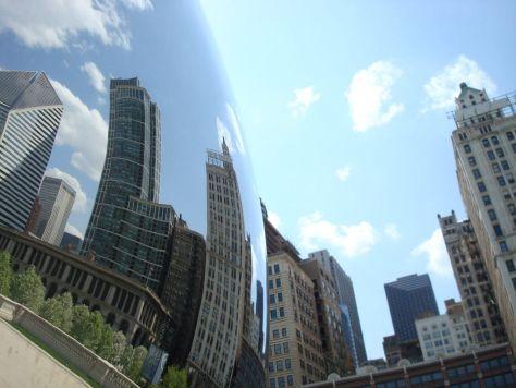 Cloud Gate sculpture in Millennium Park, Chicago