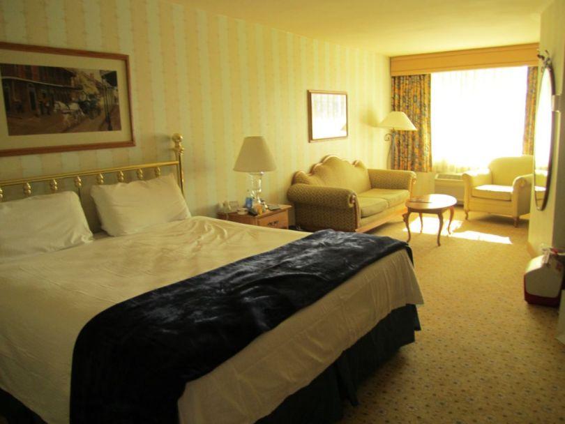 The Orleans, Las Vegas room