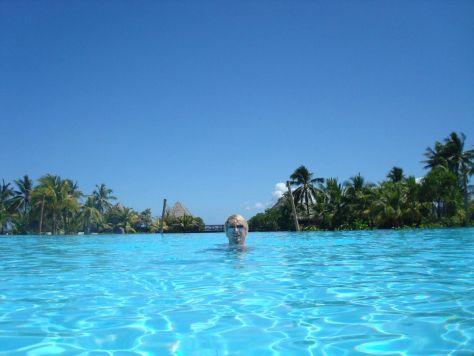 intercontinental-tahiti-pool-1