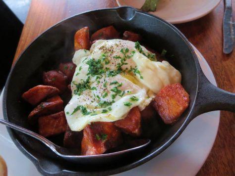 Potatoes bravas at Tasty N Alder Portland