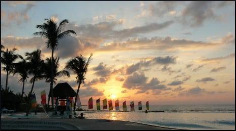 Playa Tropical Resort Hotel Infinity Pool