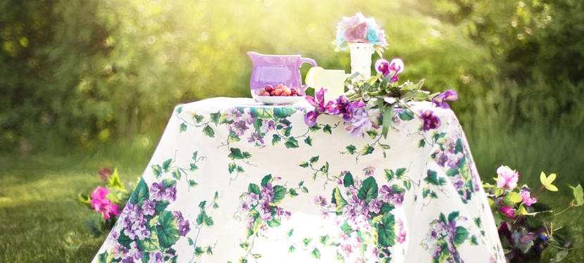 Hostess With The Mostess: How To Throw A Great Party Without The Stress
