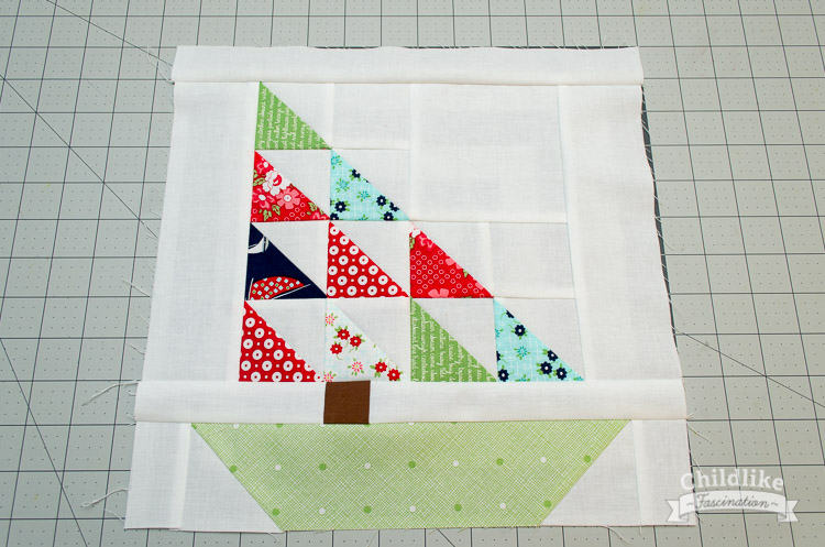 "Free Tutorial for this 12"" (finished) Sail Boat Quilt Block!"
