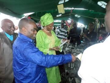 Le maire de Goma, M. Kubuya Ndoole Naso, et Christine Musaidizi