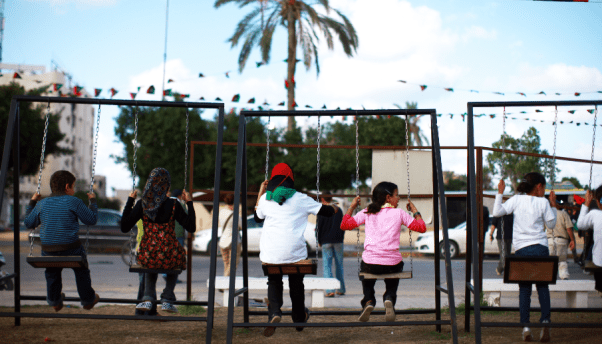 مدينة ليبية تلتزم بحماية الأطفال من النـزاعات المسلحة