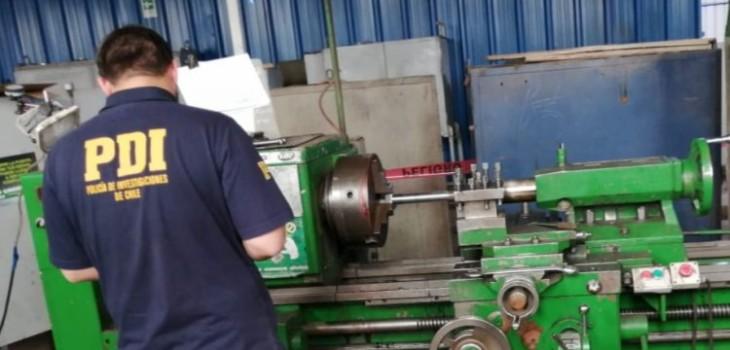 Trabajador murió mientras operaba un torno: enredó parte de su vestimenta y se azotó la cabeza