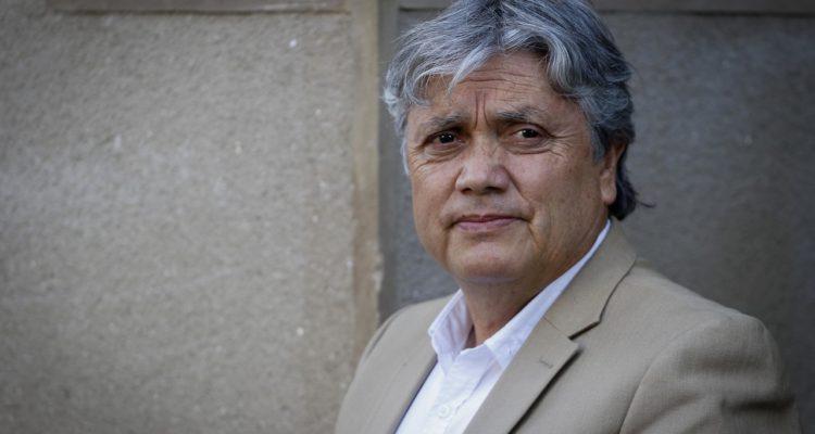 Navarro pide elecciones anticipadas: Debemos renunciar todos, senadores, diputados y Piñera