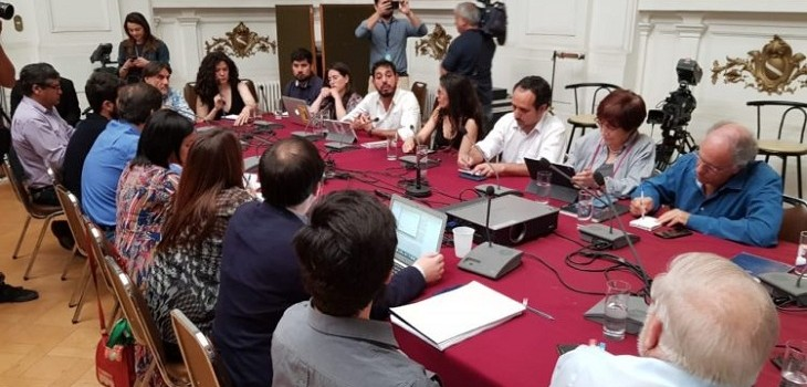 «Debe responderle a Chile»: oposición presentará Acusación Constitucional contra Piñera este martes