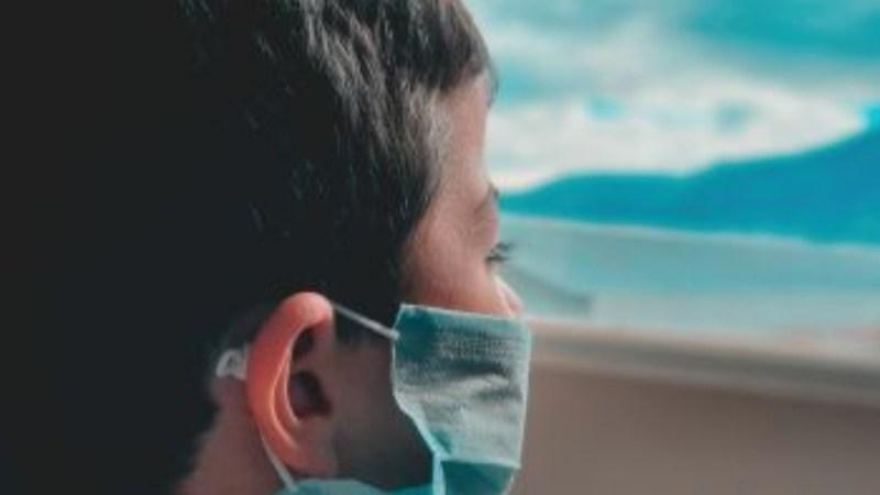 Niño de 5 años MUERE en Argentina luego que PADRES le dieran peligroso QUÍMICO usado contra covid-19