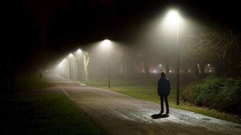 Hombre camina 450 KILÓMETROS para «despejar su mente» tras DISCUTIR con ESPOSA