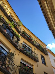 Narrow Sevilla streets