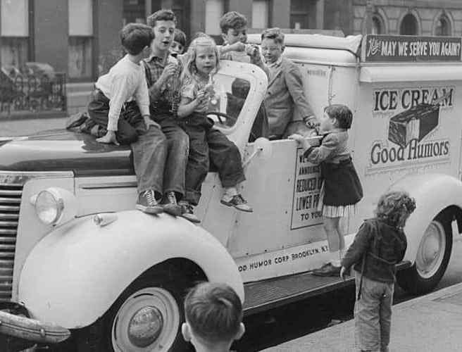 Mașină de înghețată din America altor vremuri