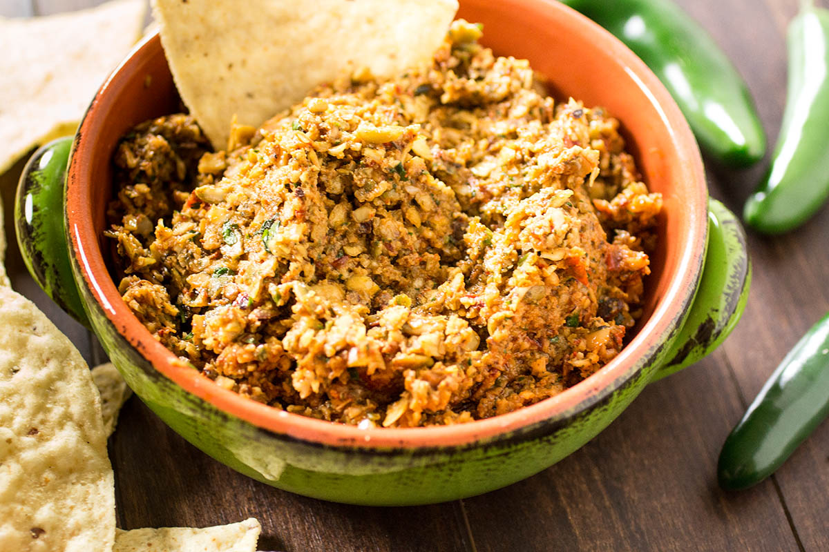 Chipotle Pumpkin Seed Dip (Chipotle Sikil Pak) - Recipe