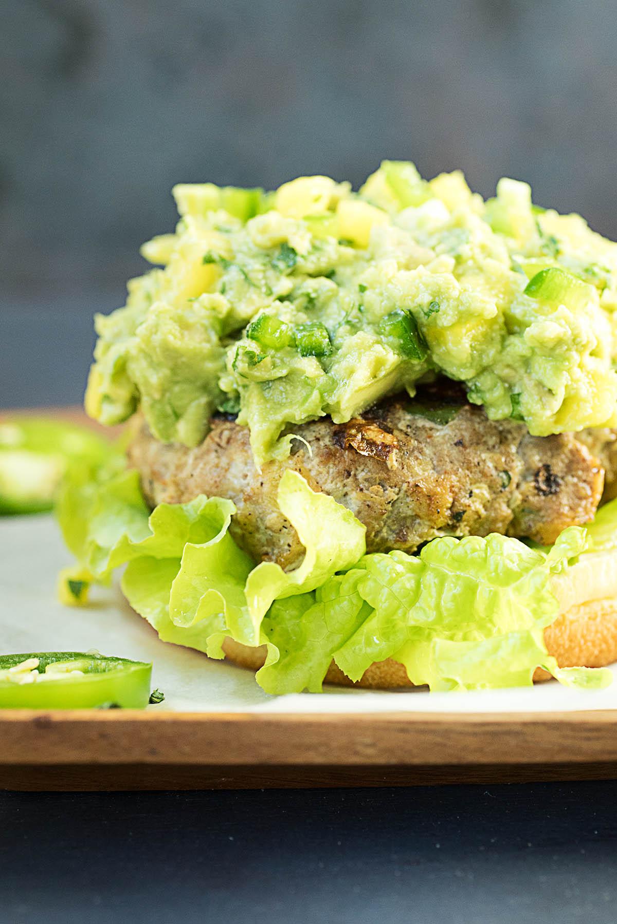 Jerk Turkey Burgers with Jalapeno-Mango Guacamole – Recipe