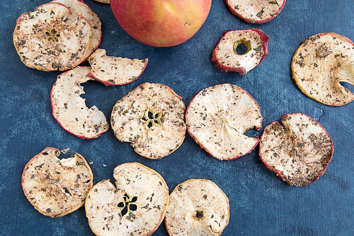 Spiced Dried Apple Chips – Recipe