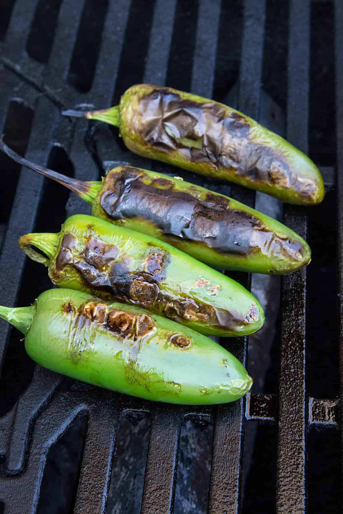 Grilling jalapeno peppers