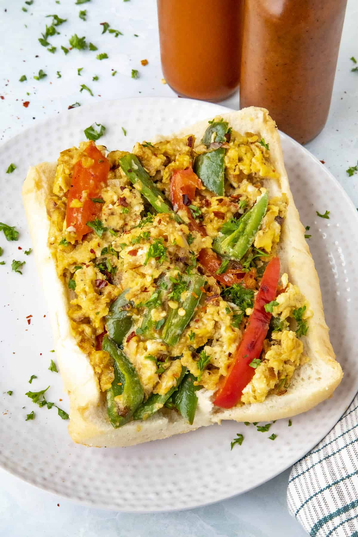 Pepper and Egg Sandwich with lots of peppers