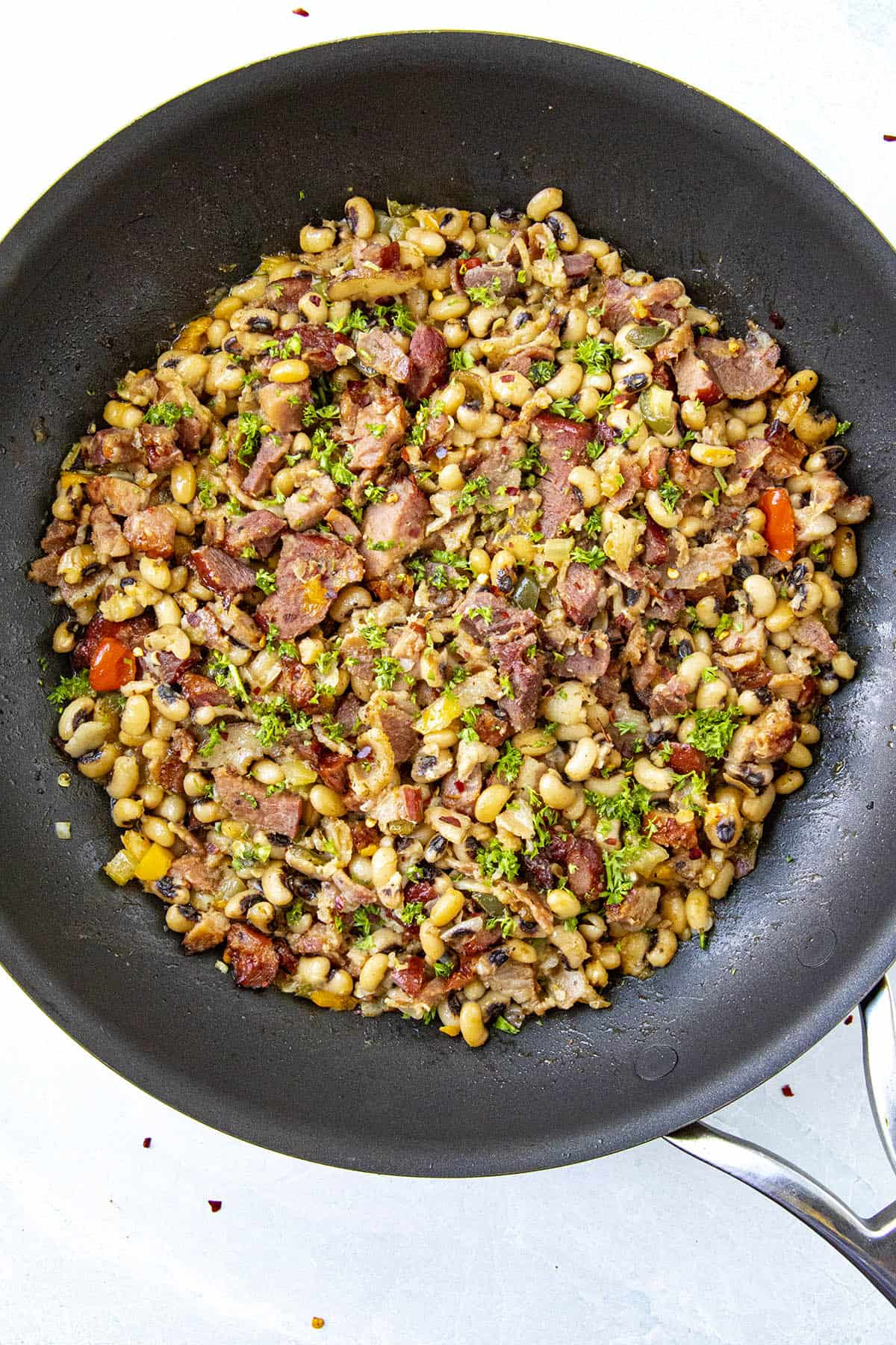 Black Eyed Peas in a pan, ready to serve