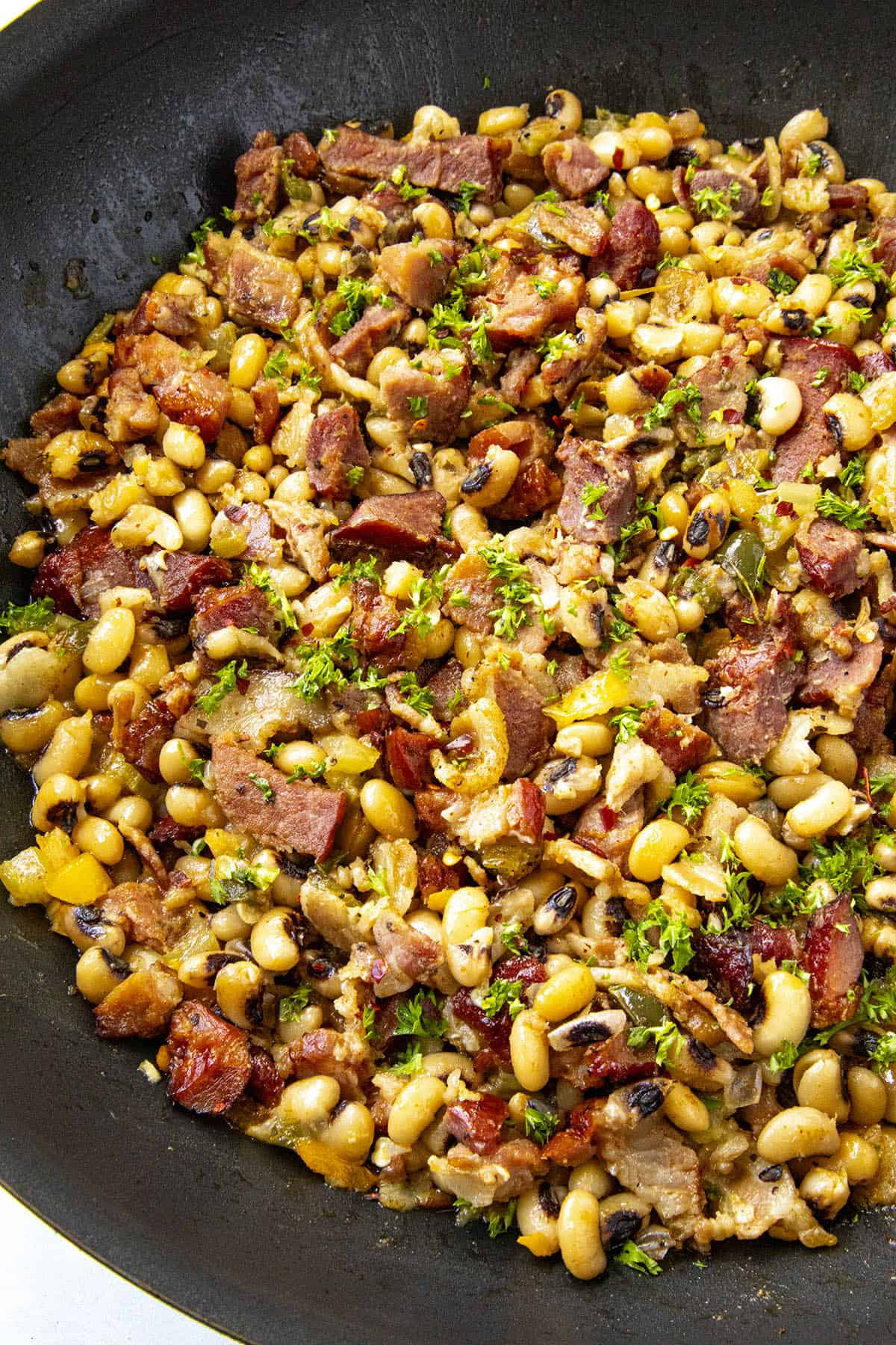 Black Eyed Peas in a pan with garnish