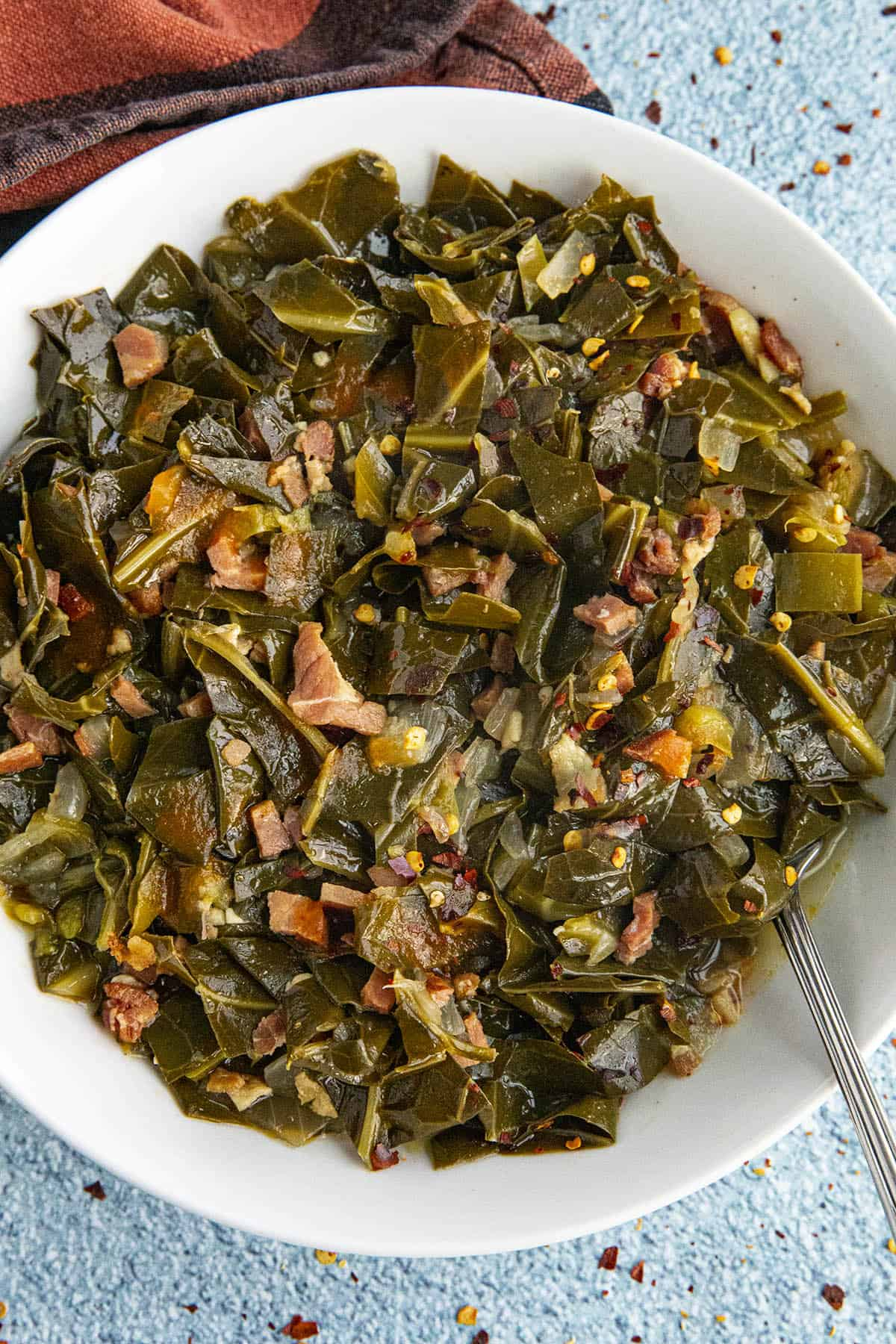 Southern Collard Greens in a bowl, ready to serve