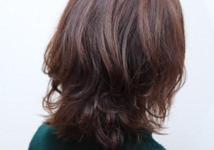 2019秋冬の流行りの髪型はウルフ?