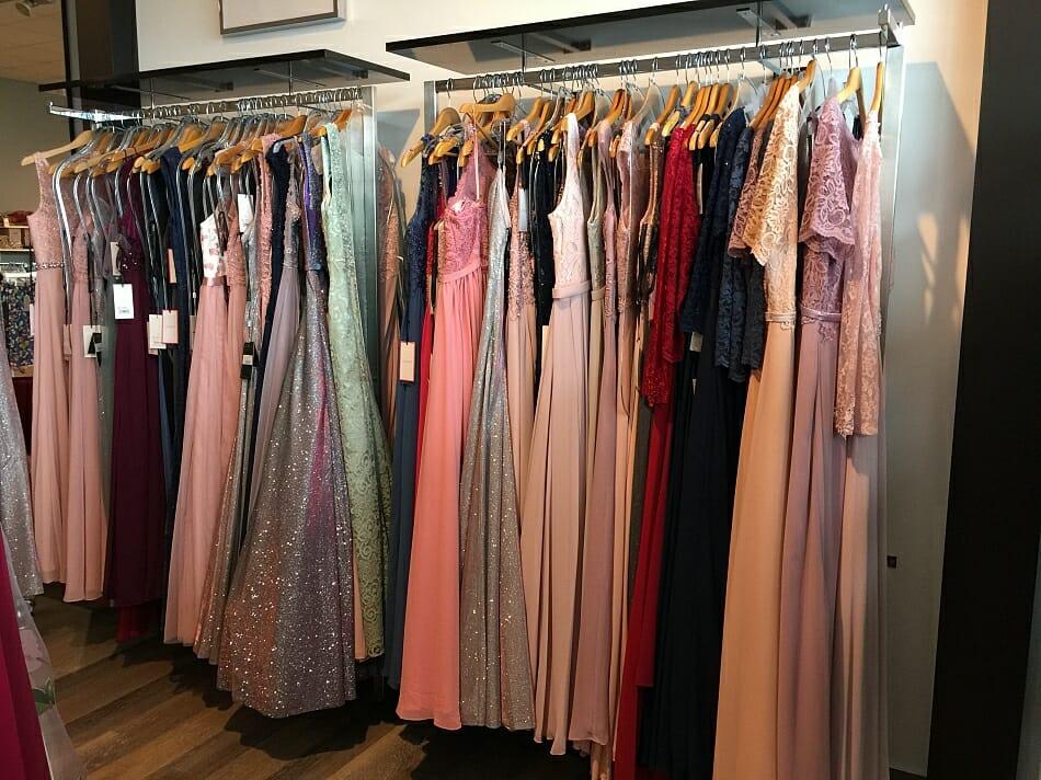 Abendmode in Hachenburg - Chill Mode - Mode fair tragen