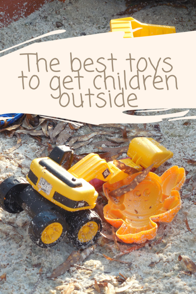 The best toys to get children playing outside #outdoorplay
