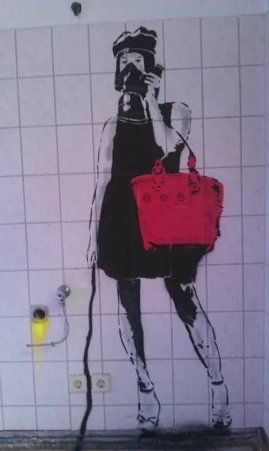 Zeichnung an der Wand im 1. Stock