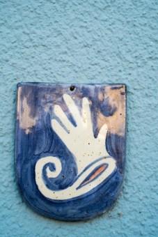 selbstgemachtes Wappen. Abgebildet ist ein Handschuh.