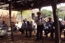 Autoridad tradicional guarijía participando en la consulta