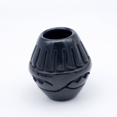 Sunday Chavarria-Santa Clara Pueblo-Small Carved Pot-Chimayo Trading del Norte