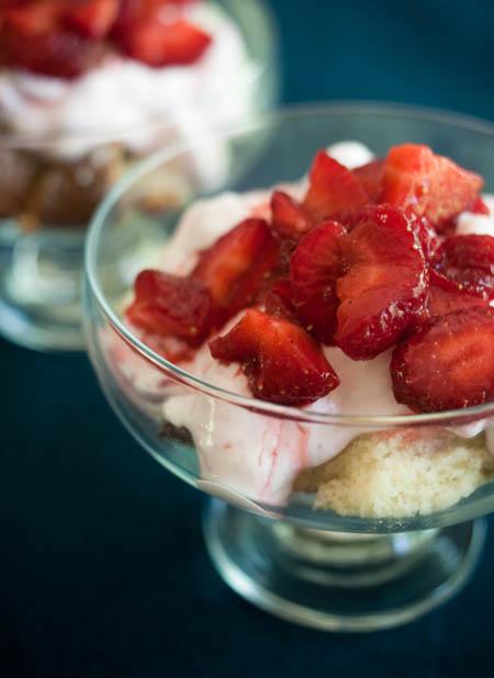 090602_strawberry_chiffon