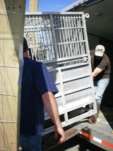 burrito's cage coming off of truck