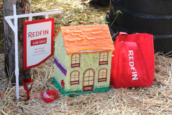 web_Redfin_sign_party_greenhouse_pinata_house_dg_IMG_5538