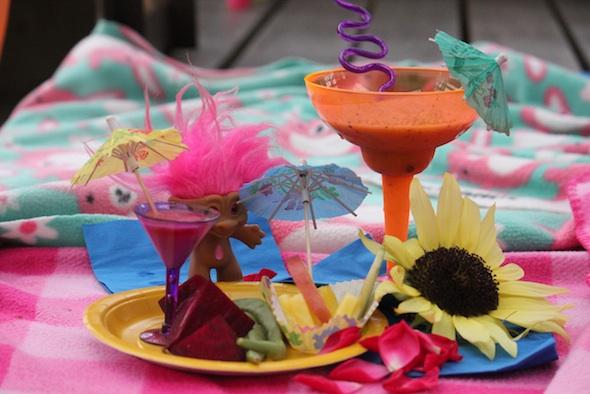 web_summer_lovin_party_set_up_GH_dg_IMG_4350