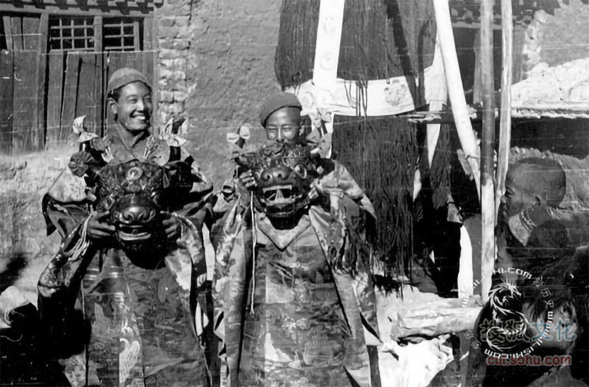 images of Old Tibet