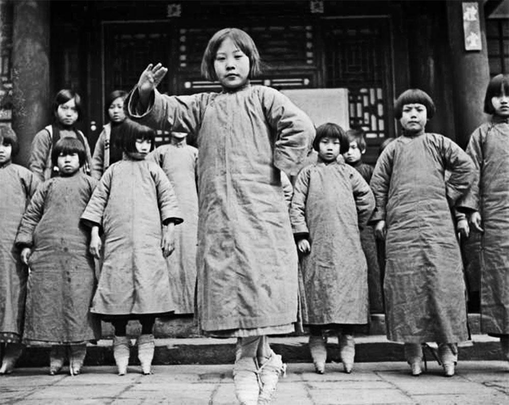Foot-binding-in-China