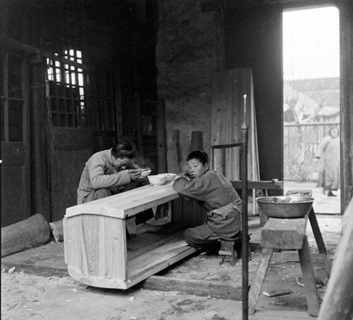 chinese-funeral-parlor