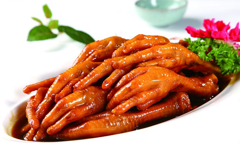 chinese-parsley-The 10 Most Polarizing Foods in China