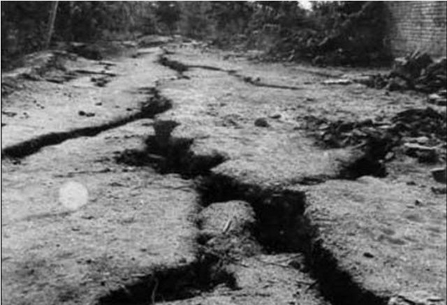 1976-tangshan-earthquake-014