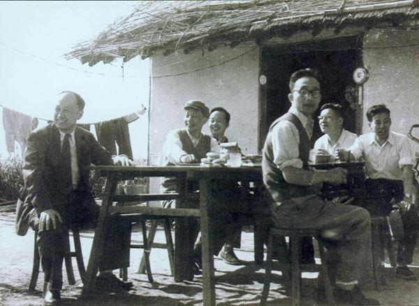April 1960 Qian Xuesen (left) in the Shanghai Nanhui base