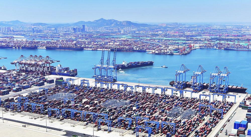 Qingdao Port (PRNewsfoto/Stadt Qingdao)