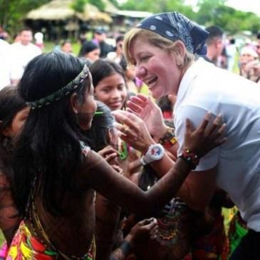 大胆创新 – 巴国第一夫人赢得赞扬