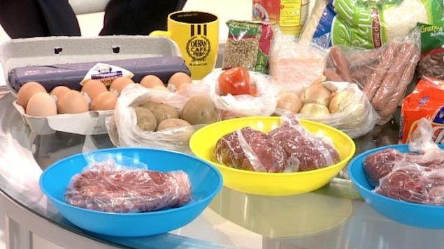 基本菜篮子货物价格规管延长6个月的期限,坊间反应不一。
