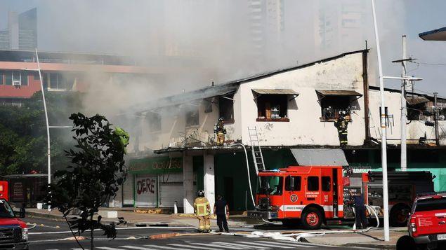 Justo Arosemena大道一旧建筑物发生火警