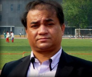 Ilham Tohti. Photo from Tibetan writer Woeser's Twitter account @degewa.
