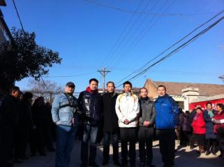 Netizens and activists traveled from Beijing and Zhejiang to observe the elections.